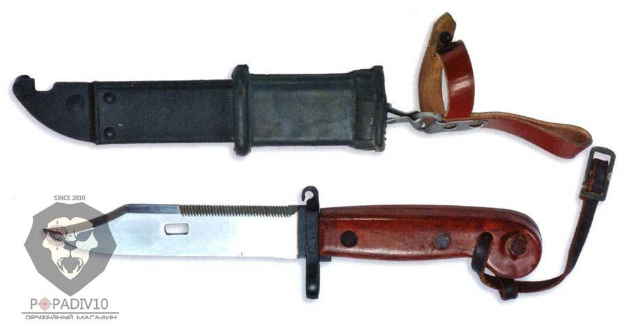 ММГ Штык-ножа АК ШНС-001-01 макет (для АКМ), коричневая рукоятка с резиновой накладкой на металлических ножнах, без пропила