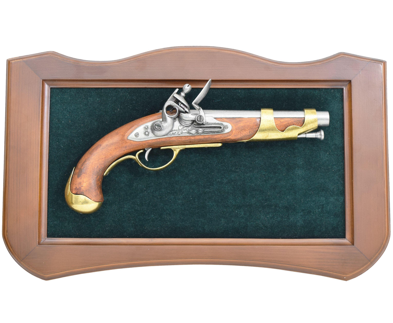 Макет кремниевого пистолета на панно Denix D7/KOM5001